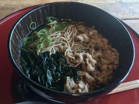 日本酒バル さわら 和牛肉蕎麦